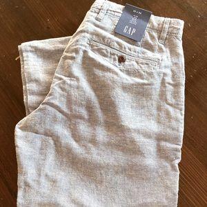 Gap blue and white linen pants. Mid-rise, slim leg